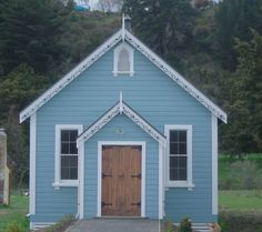 Resene Tsunami and Resene Sea Fog exterior colour scheme Exterior Color Schemes, Exterior Paint Colors, Colour Schemes, Color Trends, Weatherboard House, House Colors, Tsunami, Shed, Cottage