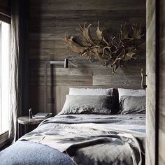 Francesca Davoli * Interiors Interiors Interiors * The Inner Interiorista 1950s House, Scandinavian Apartment, Cottage Renovation, Melbourne House, Modern Coastal, Australian Homes, Coastal Homes, Cottage Style, Room Decor