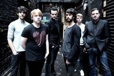 Less than 6 weeks to opening night - The first cast photos for 'Mojo'. Ben looking moody, sexy. Rupert Grint looking like he's ate all the pies...Looks like Colin Morgan is on board now too (presumably playing Skinny?)