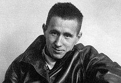 Caminos del viento: Bertolt Brecht...