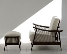 Sillón y otomana Santa Bárbara #saccaro #Furniture #Indoor