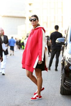 9 Pregnancy Style Tips From Giovanna Battaglia Engelbert - Pregnant Womans World Stylish Maternity, Maternity Wear, Maternity Fashion, Maternity Looks, Celebrity Maternity Style, Maternity Styles, Maternity Swimwear, Maternity Clothing, Celebrity Style