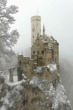 Lichtenstein Castle in Germany. Often depicted as being on an island and called the Dublin Castle in Ireland. In truth it is in Germany, Beautiful Castles, Beautiful Buildings, Beautiful Places, Beautiful Landscapes, Beautiful Scenery, Abandoned Castles, Abandoned Places, Abandoned Mansions, Lichtenstein Castle