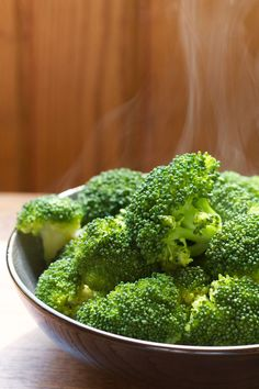Perfectly steamed broccoli || A Less Processed Life  #Broccoli #Easy #Healthy