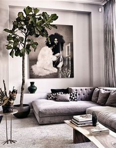 Wohnzimmer chic living space Rustic Home Decor Makes a Comeback Gone are the sleek, cold lines of ul Living Room Sofa, Living Room Interior, Home Living Room, Home Interior Design, Living Room Designs, Living Room Furniture, Living Room Decor, Living Spaces, Apartment Living