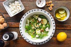 Heerlijk recept voor een salade met courgette, feta en noten