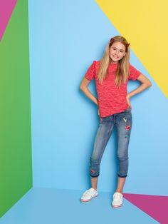 Disney Actresses, Disney Channel Shows, Disney Stars, Ruby Rose, Cute Girls, Cami, Capri Pants, Singer, Model