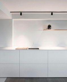 6 Convenient Clever Tips: Minimalist Decor Modern Coffee Tables minimalist bedroom loft home.Minimalist Decor Kids Bunk Bed minimalist bedroom loft home.Minimalist Home Diy Inspiration. Interior Design Minimalist, Minimalist Home Decor, Minimalist Kitchen, Minimalist Living, Minimalist Bedroom, Home Interior Design, Minimalist Style, Minimalist Fireplace, Home Decor Kitchen