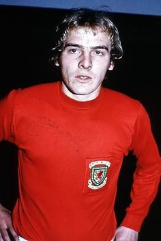 Terry Yorath Wales 1971