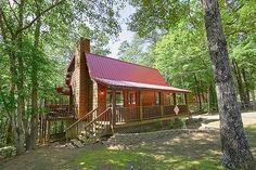 Alpine Retreat cabin rental in Pigeon Forge, TN. Located in Wears Valley this cabin has a perfect location for the family that wants easy access to Pigeon Forge and the Great Smoky Mountain National Park while enjoying a quiet mountain escape.Nestle by the fireplace while watching a movie or relax in the hot tub located under the covered deck. There is even a fully equipped kitchen where the family cook can prepare a delicious home cooked meal everyone will love.