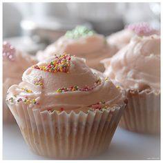 Shabby chic inspired cupcakes