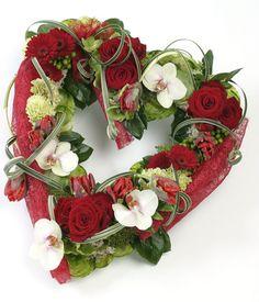 Red Open Heart Sympathy Design using an OASIS® FOAMFRAMES® Heart Shape