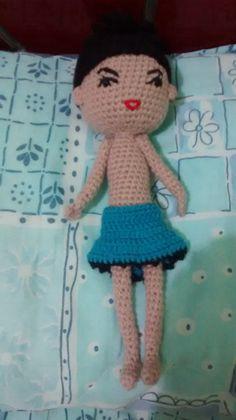 Ola sou o Linda, uma boneca de croche muito artuculada e estilosa. Adoraria morar na sua casa, posso brincar com suas crianças,mas não sou recomendado para as menores de 3 anos. Sou feita à mão com, uma bonecs única e especial. Me leva pra v