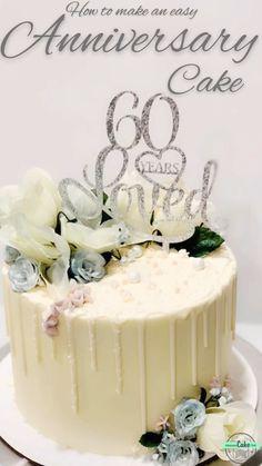 Oreo Chocolate Cookies n Cream birthday cake recipe! Chocolate cake, Oreo & chocolate ganache filling, topped with a mountain of Double Stuf Oreos! Cake Decorating Frosting, Cake Decorating Videos, Birthday Cake Decorating, Cake Decorating Techniques, Elegant Birthday Cakes, Beautiful Birthday Cakes, Birthday Cakes Women, Birthday Cake For Mum, Birthday Drip Cake