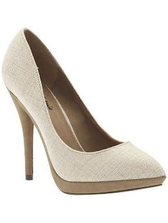 Michael Antonio Louisa platform pumps in Natural