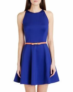 Love this Ted Baker bow belt! Bow Belt, Wash Bags, Women's Accessories, Ted Baker, Dresses For Work, Bows, Prom, Street Style, Skinny