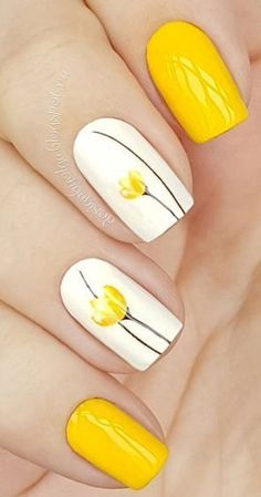 beautiful yellow nail art design idea Yellow Nails Design, Flower Design Nails, Nail Art Flowers Designs, Yellow Toe Nails, White Nails, Nail Flowers, Yellow Nail Polish, White Manicure, Red Nail Art
