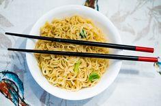 La cocina china tiene una gran relación con la cultura y la filosofía china. El equilibrio es una de las claves de sus platos. Descubre más sobre este tipo de cocina en nuestro artículo.