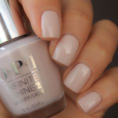 Here's my full guide to neutral nails including neutral nail colors! - Here's my full guide to neutral nails including neutral nail colors! Neutral nails work for a - Wedding Nail Colors, Simple Wedding Nails, Wedding Nails Design, Neutral Wedding Nails, Wedding Nail Polish, Trendy Nails, Cute Nails, My Nails, Long Nails