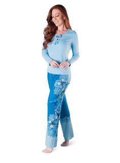 0f59a08bd 29 melhores imagens de pijama para mulher