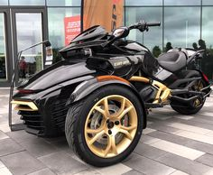 Can-Am unveils anniversary Spyders 3 Wheel Motorcycle, Can Am Spyder, Reverse Trike, Big Rig Trucks, Cool Motorcycles, Change Is Good, New Hobbies, Fantasy Artwork, Motorbikes