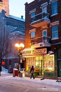 Fruit Shop on the corner of where I used to live :) Rosemont Montreal Ville, Montreal Quebec, Quebec City, O Canada, Alberta Canada, Canada Travel, Residence Architecture, Montreal Architecture, Destinations