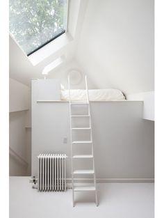Slaapplek boven het trapgat - Kleine kamer? 11x optisch bedrog
