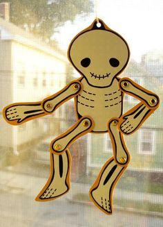 This halloween papercraft is a cute printable Skeleton, created by Teresa Levy. It is just the thing for you if you are looking for a Halloween decoration. Halloween Countdown, Fete Halloween, Halloween Crafts For Kids, Holidays Halloween, Halloween Decorations, Kids Crafts, Baby Halloween, Fall Crafts, Halloween Ideas