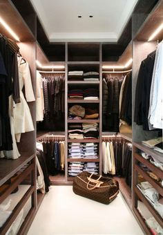 Awesome Small Walk-In Closet Design Ideas and Inspiration for Modern Home Decor - Do you need to whip your small walk-in closet into shape? You will love these incredible small walk-in closet ideas and makeovers for some inspiration! Walk In Closet Small, Walk In Closet Design, Closet Designs, Double Closet, Wardrobe Closet, Closet Space, Open Wardrobe, Bedroom Wardrobe, Wardrobe Behind Bed
