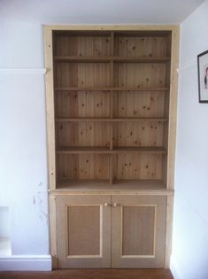 Alcove Storage Living Room, Living Room Cupboards, Bedroom Alcove, Alcove Shelving, Built In Shelves Living Room, Living Room Mirrors, Desk Storage, Alcove Cupboards, Diy Cupboards