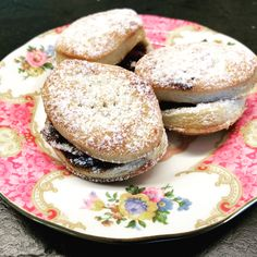 Best Mince Pies, Mince Meat, Minced Meat Recipe, Food Design, Bagel, Christmas Pies, Bread, Dishes, Figs