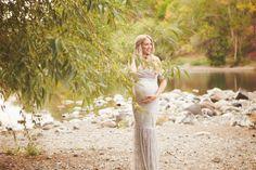 Maternity Photos - Lady's Little Loves