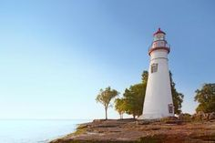 Treasures of Ohio's Lake Erie shore: A ribbon of Lake Erie separates the roller coaster mecca of Sandusky on mainland Ohio from a pair of island escapes: Kelleys Island and Put-in-Bay. Trip details: http://www.midwestliving.com/travel/ohio/sandusky/treasures-of-ohios-lake-erie-shore/