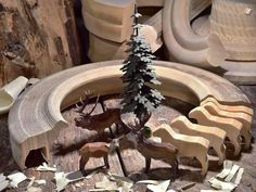 Christian Werner deer and tree - ring animals - Erzgebirge folk art - FIND at MY GROWING TRADITIONS