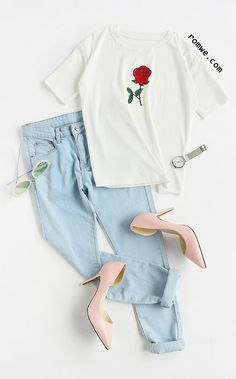 White Rose Print T-shirt School Outfits, Outfits For Teens, Cute Outfits, Casual Outfits, Girl Outfits, Rose Shirts, Fashion Outfits, Womens Fashion, Tumblr Outfits