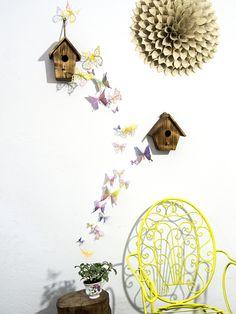 Mariposas 3D de papel pintado a mano salpicado multicolor fluor. Creadas especialmente para la habitación de los niños, o para la baby party de EydavyDesign en Etsy