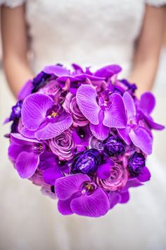 Who can Say Purple? Stunning Wedding Bouquet | bellethemagazine.com