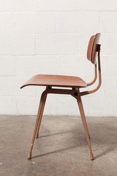Friso Kramer Plywood REVOLT Chair