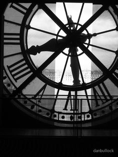 Black and White Vintage Photography: Take Photos Like A Pro With These Easy Tips – Black and White Photography White Clocks, Old Clocks, Paris Black And White, Black And White Pictures, Picture Clock, Paris Home Decor, Lightroom, Photoshop, Clock Art