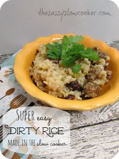 This easy dirty rice recipe is delicious and is made in your beloved slow cooker. Slow Cooker Freezer Meals, Crock Pot Slow Cooker, Crock Pot Cooking, Slow Cooker Recipes, Crockpot Recipes, Cooking Recipes, Side Dishes Easy, Vegetable Side Dishes, Side Dish Recipes
