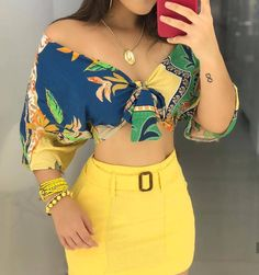 A imagem pode conter: uma ou mais pessoas e pessoas em pé Cute Summer Outfits, Classy Outfits, Cool Outfits, Casual Outfits, Teen Fashion Outfits, Girl Fashion, Womens Fashion, Two Piece Jumpsuit, Mode Hijab