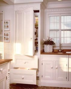White country kitchen country or rustic kitchen design ideas white country kitchen cupboards Country Kitchen Cabinets, Rustic Country Kitchens, Rustic Kitchen Design, Kitchen Cabinet Design, Kitchen Cupboards, Kitchen Designs, Bathroom Cabinetry, Upper Cabinets, Kitchen Photos