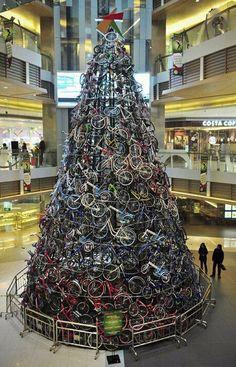 Bicycle Christmas Tr