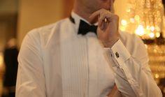 Smokkipaita viimeistelee smokin! http://www.raatalistudio.fi/