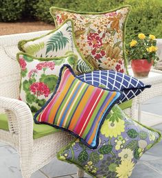 Refresh for less with new outdoor throw pillows in solids, stripes, patterns and prints. Shop outdoor pillows and cushions you'll love at Plow & Hearth now. Diy Pillow Covers, Cushion Covers, Outdoor Cushions And Pillows, Decks And Porches, Indoor Outdoor Rugs, Soft Furnishings, Home Decor Items, Home Accessories, Decorative Pillows