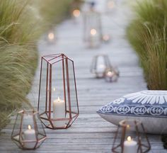 It would be nice to have this on the reception table or accent table in clusters of 3-5 lanterns