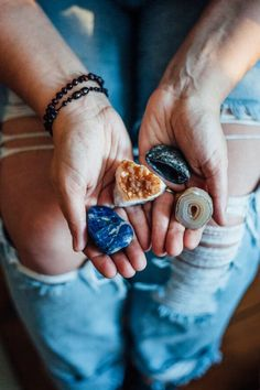 How to Program Your Crystals for Manifesting