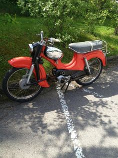 european moped - looks very like my old Puch