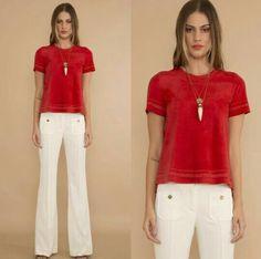 Calça social bramca com blusa vermelha