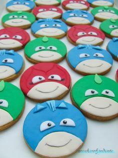 Pj Masks Birthday Cake, 5th Birthday Cake, Birthday Cookies, 4th Birthday Parties, Iced Cookies, Royal Icing Cookies, Cupcake Cookies, Torta Pj Mask, Pj Mask Cupcakes